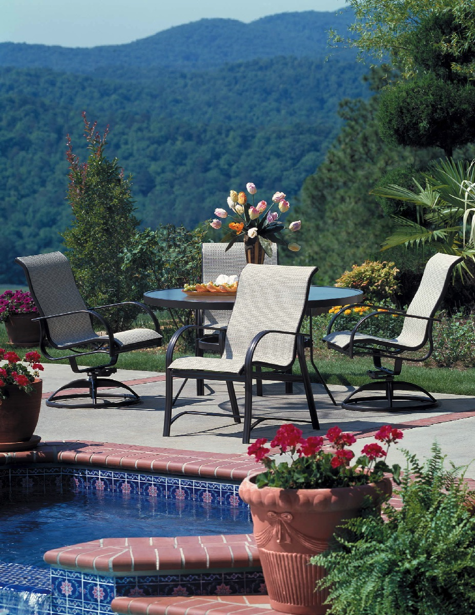 Attirant Mayfair Sling Pool Patio Outdoor Winston Furniture