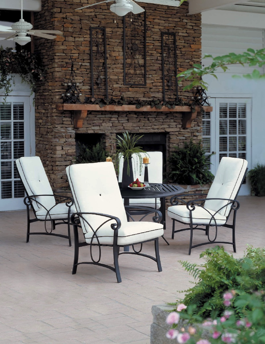 Winston Gensun Patio Furniture Palazzo Cushion White Patio Outdoor Winston  Furniture